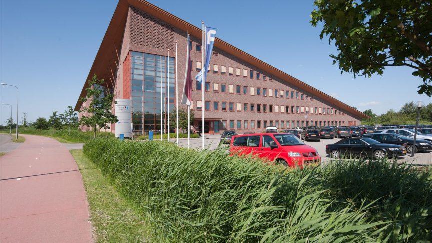 9566_FOTO-003-Paterswoldseweg-811-819-Groningen-864x486